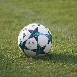 Футбол в Миколаївці